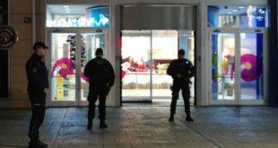 "Драма у Београду: Најављен напад на ""Делта сити"", грађани евакуисани (фото)"