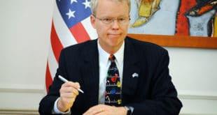 """Амбасадор САД запретио Тачију, Харадинају и Весељију """"тешким последицама"""""""