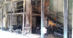 """Прошло је годину дана од паљења просторијa """"Отаџбинe"""" у Косовској Митровици 8"""