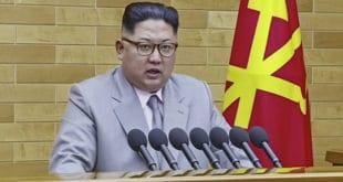 Ким Џонг Ун поручио Американцима да одсад на радном столу има – нуклеарно дугме