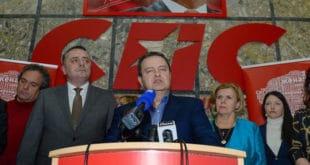 Издајник Вучић шутнуо издајника Дачића и СПС да сами изађу на београдске изборе 9