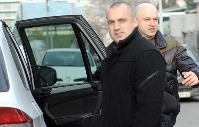 Ко је и зашто убио Оливера Ивановића?