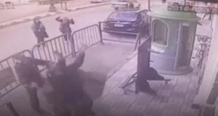 Полицајац спасао дете у паду са трећег спрата (видео) 11
