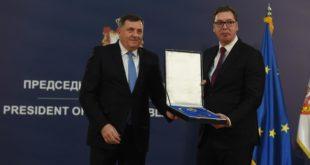 ГЛАС СРПСКЕ: Шта пише у декларацији РС и Србије коју је Вучић стопирао?
