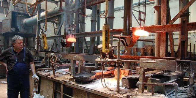 Чачак: Радници Фабрике резног алата спречили извршитеље да одузму имовину фабрике 1