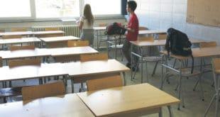 Сиромаштво празни учионице