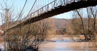 Мост на Морави: Служи народу, а народ о њему не брине