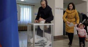 Руси данас бирају председника - гласали и кандидати, излазност 34,72 одсто 10