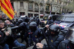 """""""Каталонско пролеће"""": Жестоки протести након хапшења Пуџдемона (видео) 1"""