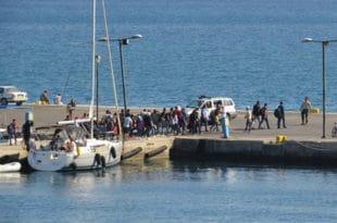 Припадници ОВК пребацују имигранте на Балкану