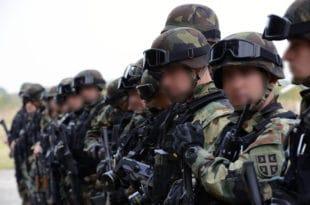 Затварају се кафићи, биоскопи и позоришта, војска излази на улице: Шта за обичне грађане значи увођење ванредног стања
