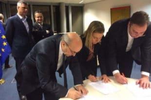 Шта сте све то БАНДО ВЕЛЕИЗДАЈНИЧКА ви потписивали у Бриселу?!