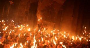 Силазак Благодатног огња у Јерусалиму на Благовести 2018. (видео)