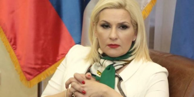 Нисте могли и знали да управљате београдским а сад хоћете да управљате нишким аеродромом?! 1