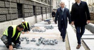 Београд: Као не зна се ко је крив за коцке на Тргу Републике 9