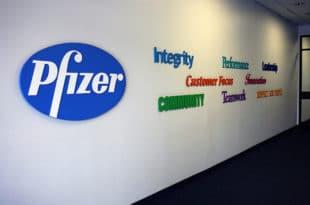 Компанија Фајзер од које Вучићева банда тровача купује вакцину подмићивала докторе у Србији?