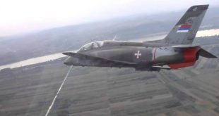 Срушио се војни авион, један пилот погинуо, други животно угрожен 2