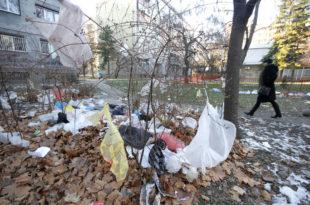Србија и званично забрањује танке пластичне кесе