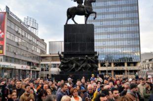 ФУНКЦИОНЕР СНС УВРЕДИО НИШЛИЈЕ: Ви који протестујете сте олош!