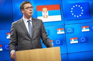 """Читава политика ти се свела на СЕРЕНДАЊЕ о """"европском путу"""" бизговчино једна НЕСПОСОБНА!"""