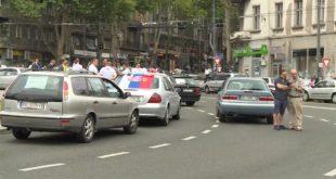 Колапс у Београду: Протест таксисти на Славији - ради једино фонтана 4