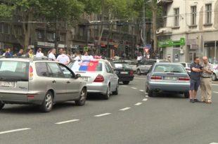 Колапс у Београду: Протест таксисти на Славији - ради једино фонтана