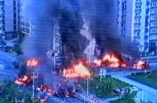 """""""Тузланска колона"""" 15. мај 1992. године (видео)"""