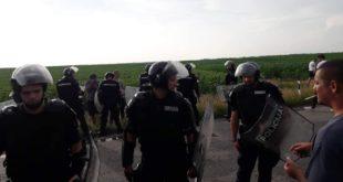 Марицама, полицијском репресијом и медијском хајком на народ 9