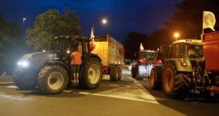 Француски сељаци блокирали рафинерије нафте (видео) 3
