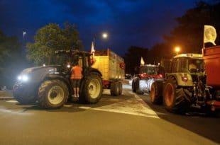 Француски сељаци блокирали рафинерије нафте (видео)