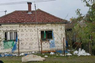 СТРАХОВИТО НЕВРЕМЕ буквално РАЗВАЛИЛО читаве делове Србије! (фото, видео)