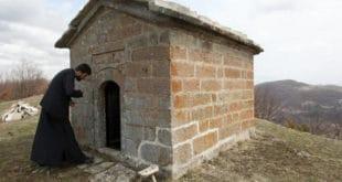 Мариница, најмања црква у Србији 5
