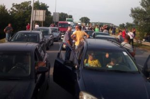Пријаве против организатора блокада – да сиротињи више не падне на памет да протестује