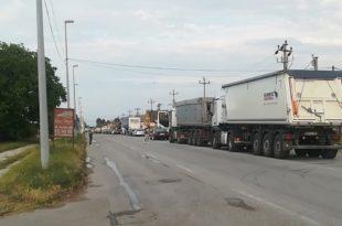 Блокада је и у Шапцу, блокиран пут ка Ваљеву и Обреновцу