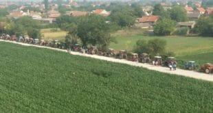 У Баваништу је тракторска армија поставила блокаду 9