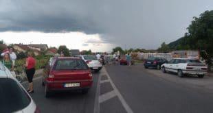 Тренутно, блокада магистрале Крушевац - Краљево код Трстеника