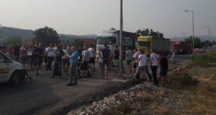 У Чачку пешаци блокирали путеве! 11