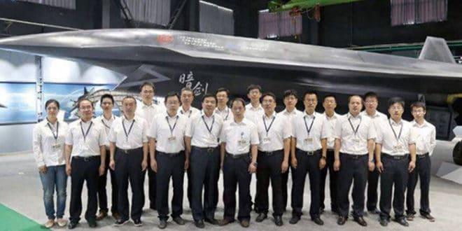 Американци се уплашили од кинеског борбеног дрона Dark Sword 1