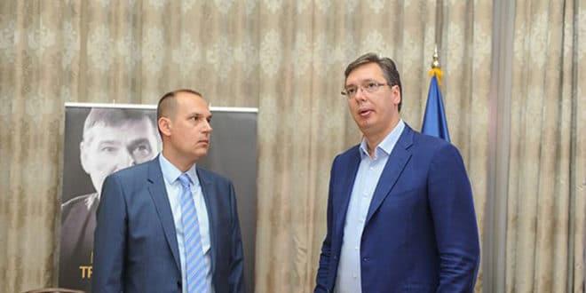 Да ли нас чекају празне касе и уништено здравство? СНС покушава да опљачка медицинске коморе широм Србије! 1