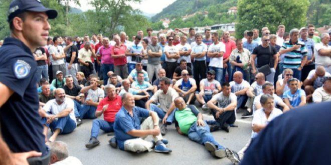 Малинари настављају блокаду, чекају МУТАВУ 1