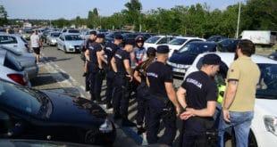 Полиција је јуче у Чачку ухапсила 17 људи на протесту због цене горива! 1