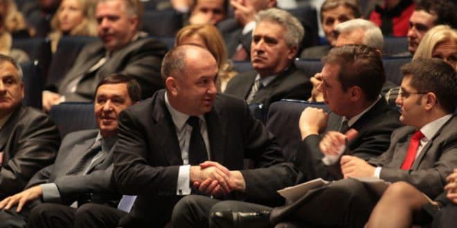 Ненад Поповић предлаже увођење цензуре 1