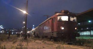 Овако је синоћ испраћен последњи Барски воз са Главне Железничке станице Београд (видео) 13