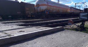 Откачена вагон цистерна сатима стајала на прузи Београд – Бар и могла је да разнесе пола Пожеге 6