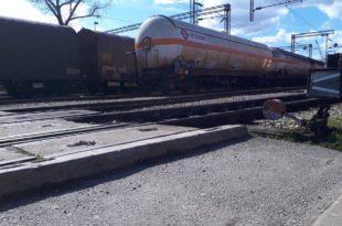 Откачена вагон цистерна сатима стајала на прузи Београд – Бар и могла је да разнесе пола Пожеге 11