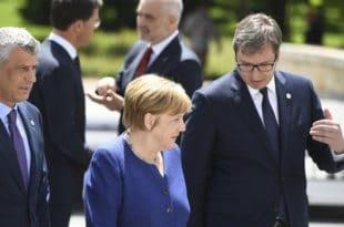Меркел: Нема промена граница на Балкану