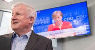 Раскол у Немачкој: Зехофер прети Меркеловој