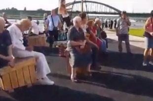 "ЦИРКУС! Напредни идиоти довели ботове да глуме станаре ""Београда на води"" (видео)"