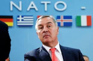ЂУKАНОВИЋЕВА ВЕЛЕИЗДАЈА Мило носио у Брисел војне тајне, помагао НАТО бомбардовање, а онда извео саботажу војске