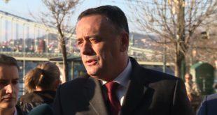 Ко је бре направио 200 милиона евра дугова у Азотари клошарчино распала? 12